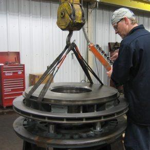 Assembling a clutch