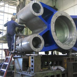 Machining 2000 Ton cross head